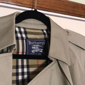 Burberry trench coat vintage